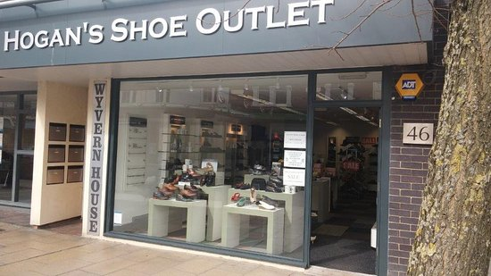 Hogans's Shoe Outlet