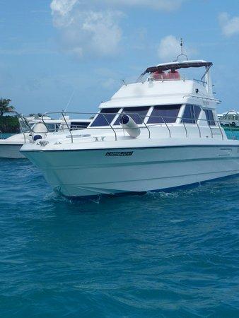 Kurumba Maldives: Transfer boat from Male to the island
