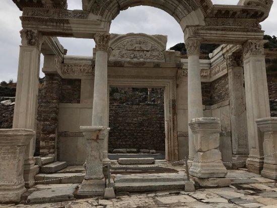 Temple of Hadrian: photo1.jpg