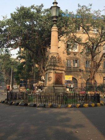 Raconteur Walks Mumbai: apollo gate tour