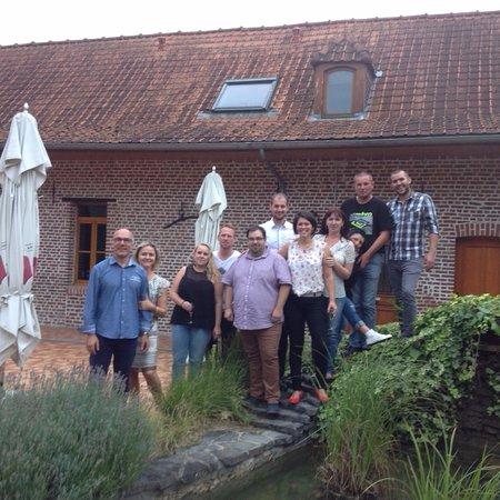 Ennevelin, Frankreich: L'équipe du Domaine des Cigognes