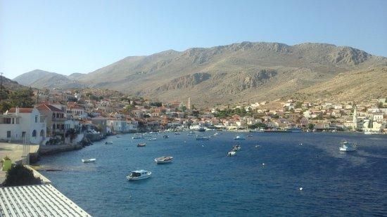 Halki, Grecia: Looking across towards the Port of Emporio