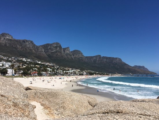 Camp's Bay Beach: Camps Bay beach and the Apostles
