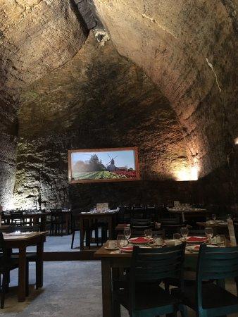 Les Cathedrales de la Saulaie : La salle restaurant.