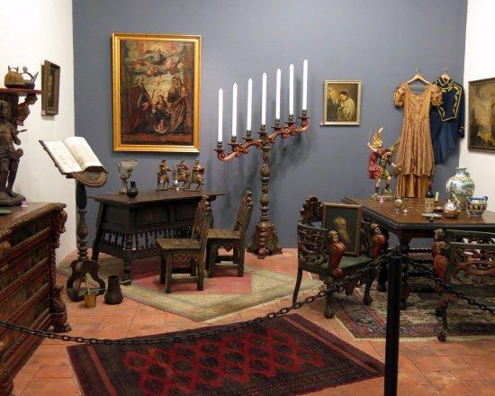 L'America Gallery