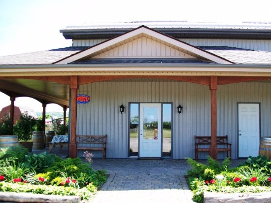Beamsville, Canada: Welcome to Cornerstone Estate Winery!