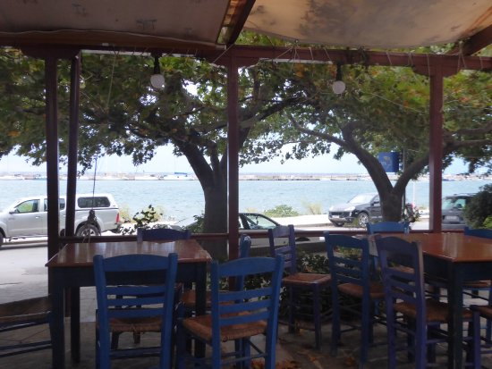 taverna limanaki charanas kamariotissa restaurant bewertungen