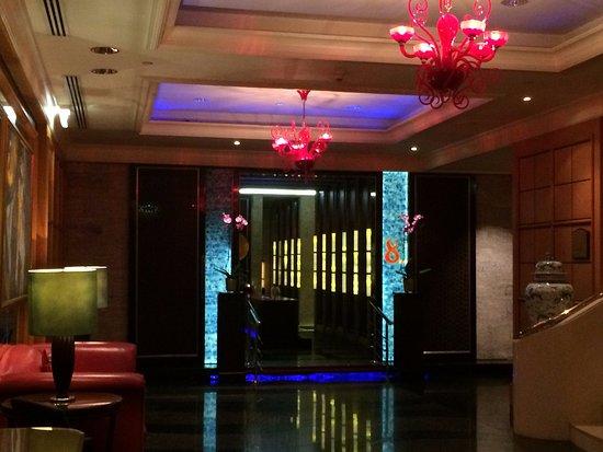 Four Seasons Hotel Cairo at Nile Plaza: Restaurant 8