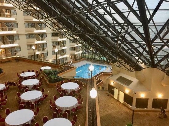 Doubletree By Hilton Hotel Newark