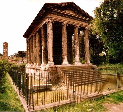 Tempio di Portuno: Templo de Portuno en le Foro Boario, Roma.
