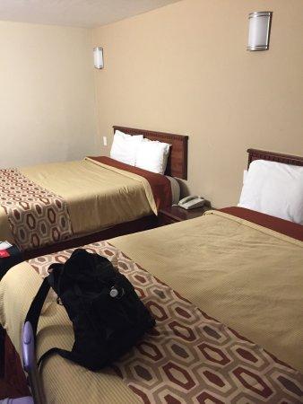 Sea Rock Inn: photo2.jpg