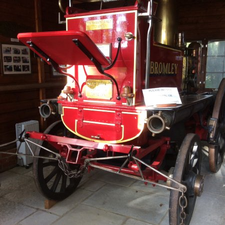 Kent Firefighting Museum: A very old preserved Fire Engine