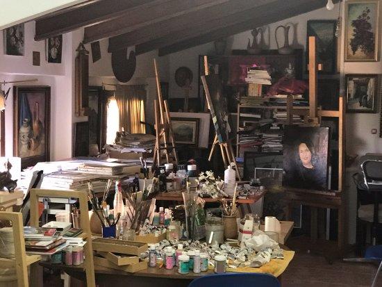 Fraga, Espanha: Taller de arte de Divina Sabaté en la Casa Museo Sabaté
