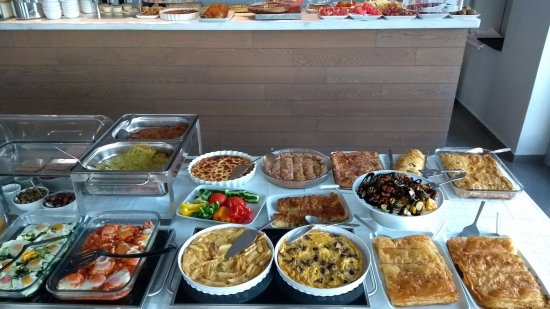 Hotel Grotta: Una parte del desayuno...