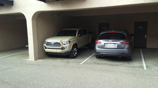 Best Western San Marcos Inn: Shelterd Parking Is A Plus!