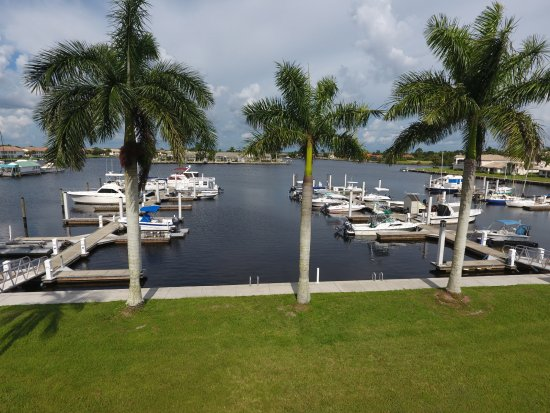 Naples FL Boat Rentals At Port Of The Islands Marina
