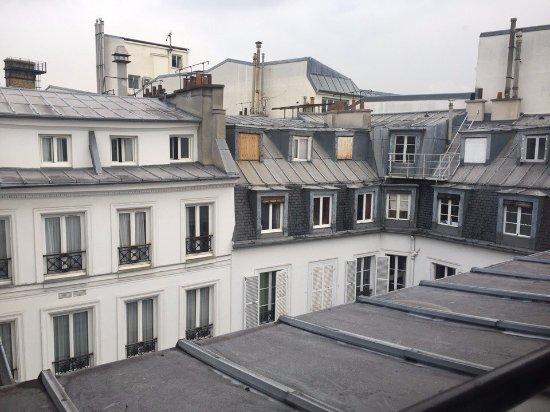 New Hotel Roblin La Madeleine Photo