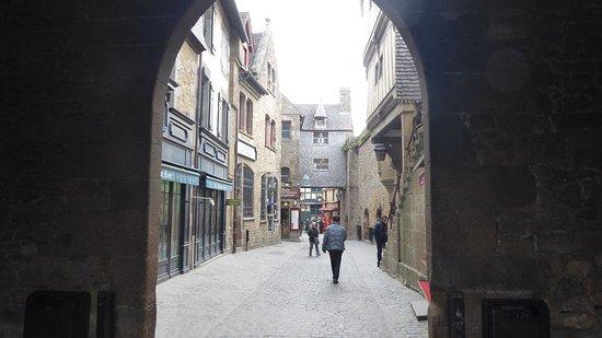 La porte du roy mont saint michel france updated 2017 for Things to do in la porte