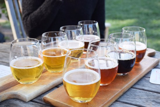 Beverly Hills, CA: Flight of beers-experience great tasting, one of a kind beers