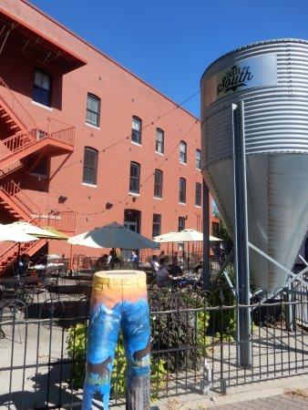 Natty Greene's Pub & Brewing: exterior pic