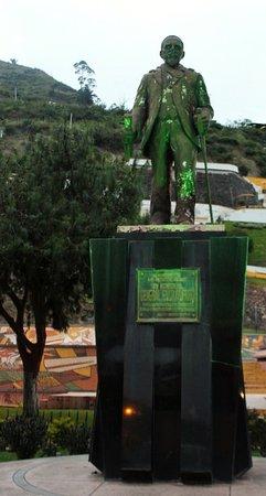 Alausi, Ekuador: Monumento