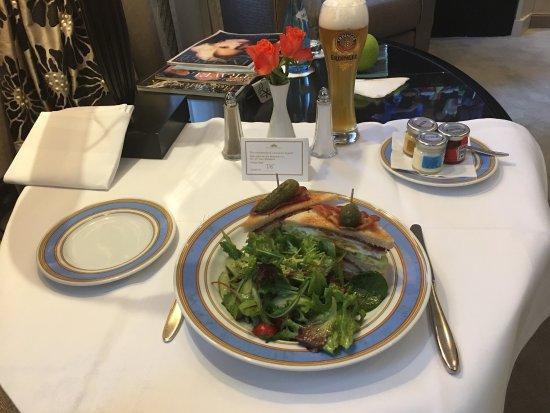 Bayerischer Hof Hotel: photo2.jpg
