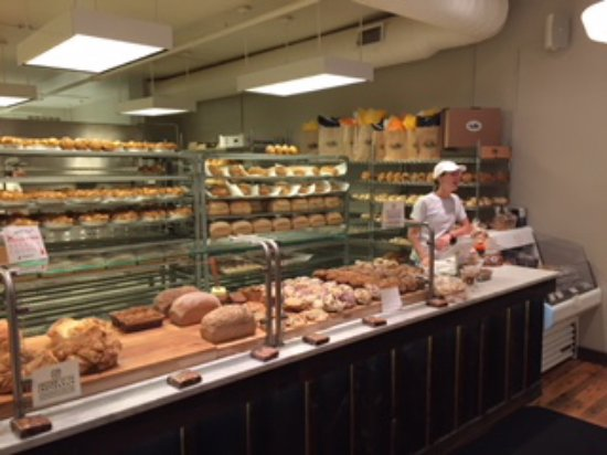Wayne, PA: Interior view - look at ll those yummy baked goods!