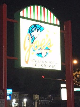 Joe's Italian Ice: Sign outside