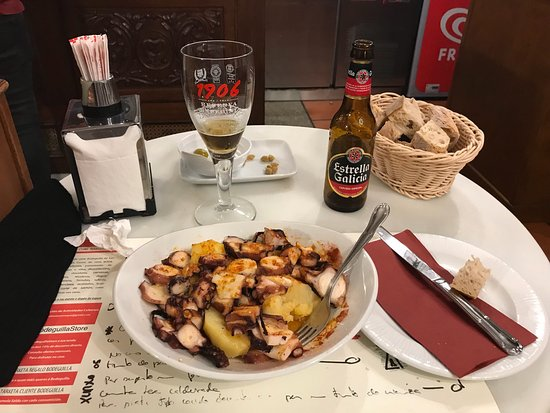 La Bodeguilla de San Roque: Just amazing! the Gaelic Octopus is very very good and the service is also great, not expensive