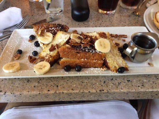 La Brea Bakery Cafe: Banana, Blueberry Pecan French Toast