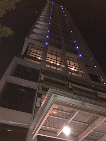 8 on Claymore Serviced Residences Photo