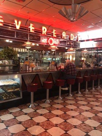 Eveready Diner: interior