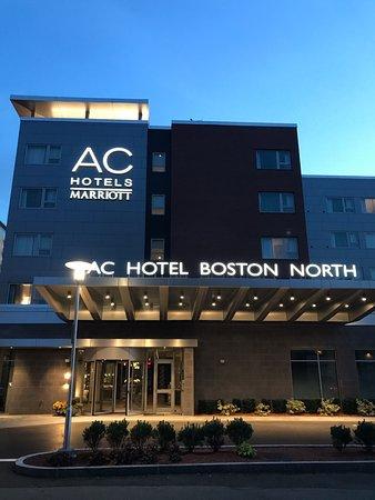 Ac Hotel Boston North Outside