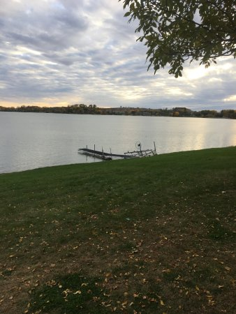 Hankinson, ND: View of the lake from the lawn. Very peaceful.