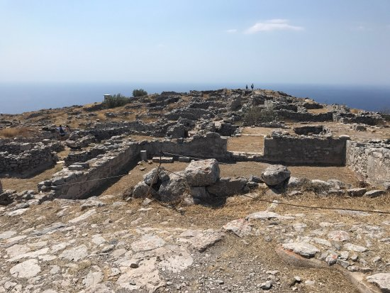 Ancient Thera : Very impressive if you like ancient ruins