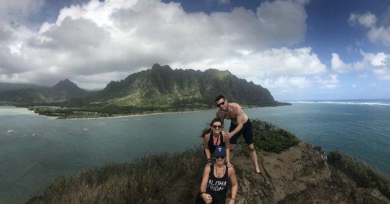 Active Oahu Tours: Top of Chinaman's Hat/Mokoli'i