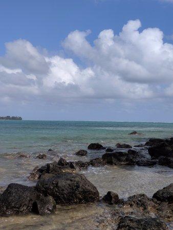Active Oahu Tours: Shores of Chinaman's Hat/Mokoli'i