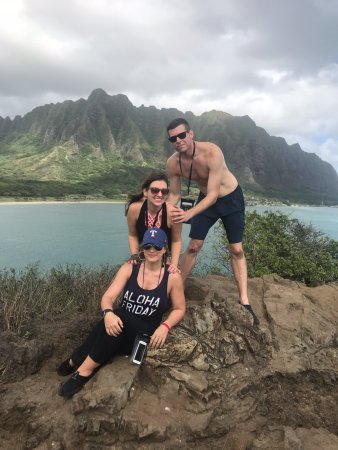 Active Oahu Tours: 3 of our group at the top
