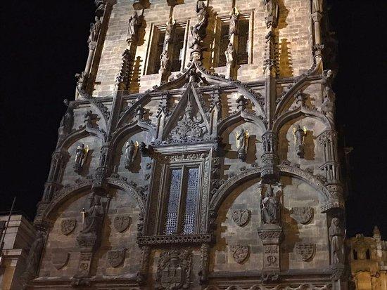 Pulverturm (Prašná brána): Detalhe da fachada