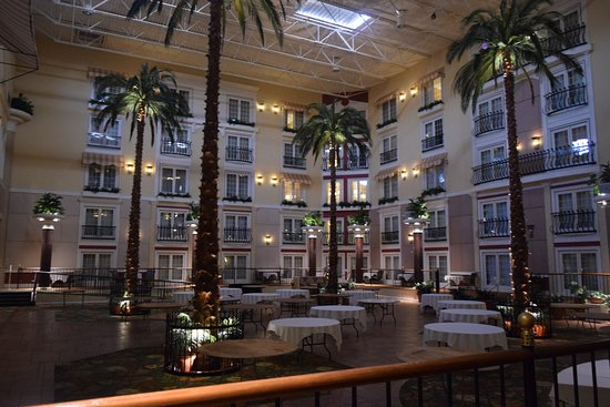 DoubleTree Resort by Hilton Hotel Lancaster - Now $120 (Was $̶1̶4̶6̶) - UPDATED 2017 Prices ...