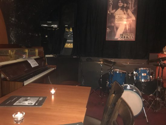 Great pub - 布拉格U Maleho Glena的圖片 - Tripadvisor