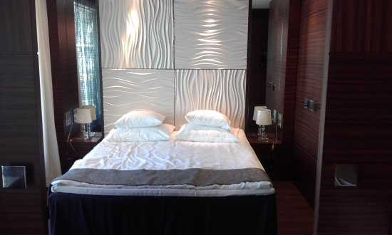 Tallink Hotel Riga: Suite bedroom