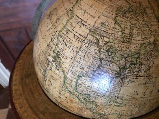 Garrison, NY: globe