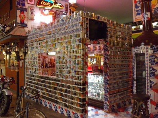 """Bill's Old Bike Barn: Beer can """"bar room"""""""