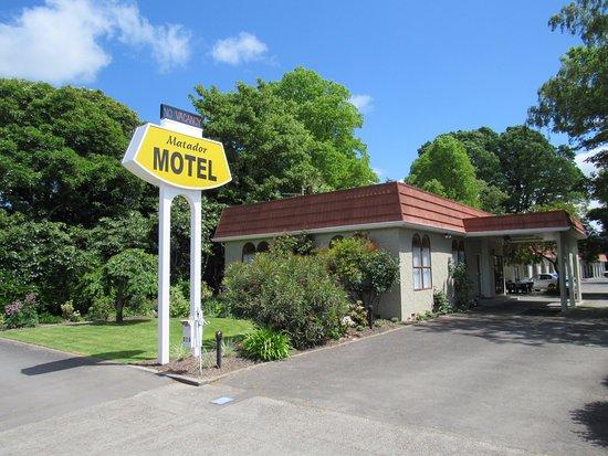 Carterton, New Zealand: Front Entrance