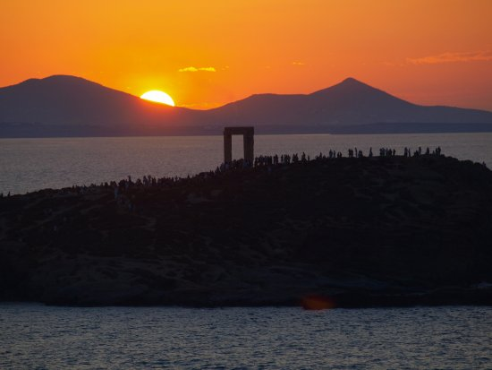 Grab a G&T, or locally made kitron, and watch this sunset from the roof of the Hotel Grotta.