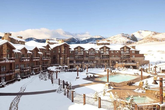 Waldorf Astoria Park City: Resort Exterior