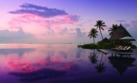 فور سيزونز ريزورت المالديف في كودا هورا: Main Pool