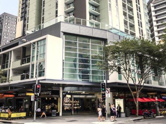 oaks festival towers brisbane australia hotel reviews. Black Bedroom Furniture Sets. Home Design Ideas