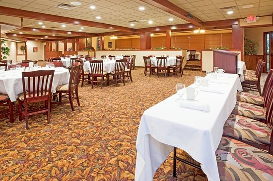 Alexandria, MN : Isabelle's meeting room